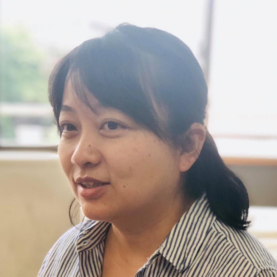 秋吉梨恵子